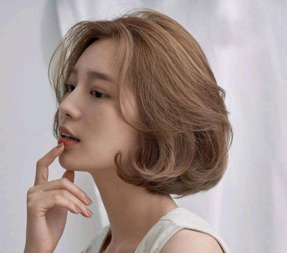 Những kiểu tóc ngắn đẹp uốn cụp HOT nhất năm 2021